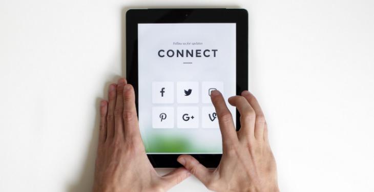 Prikupljanje email adresa preko društvenih mreža