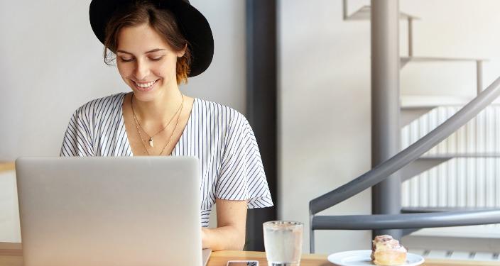 sales copywriter ili SEO content writer